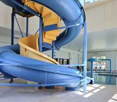 Waterslide and spa at Super 8 Lachenaie
