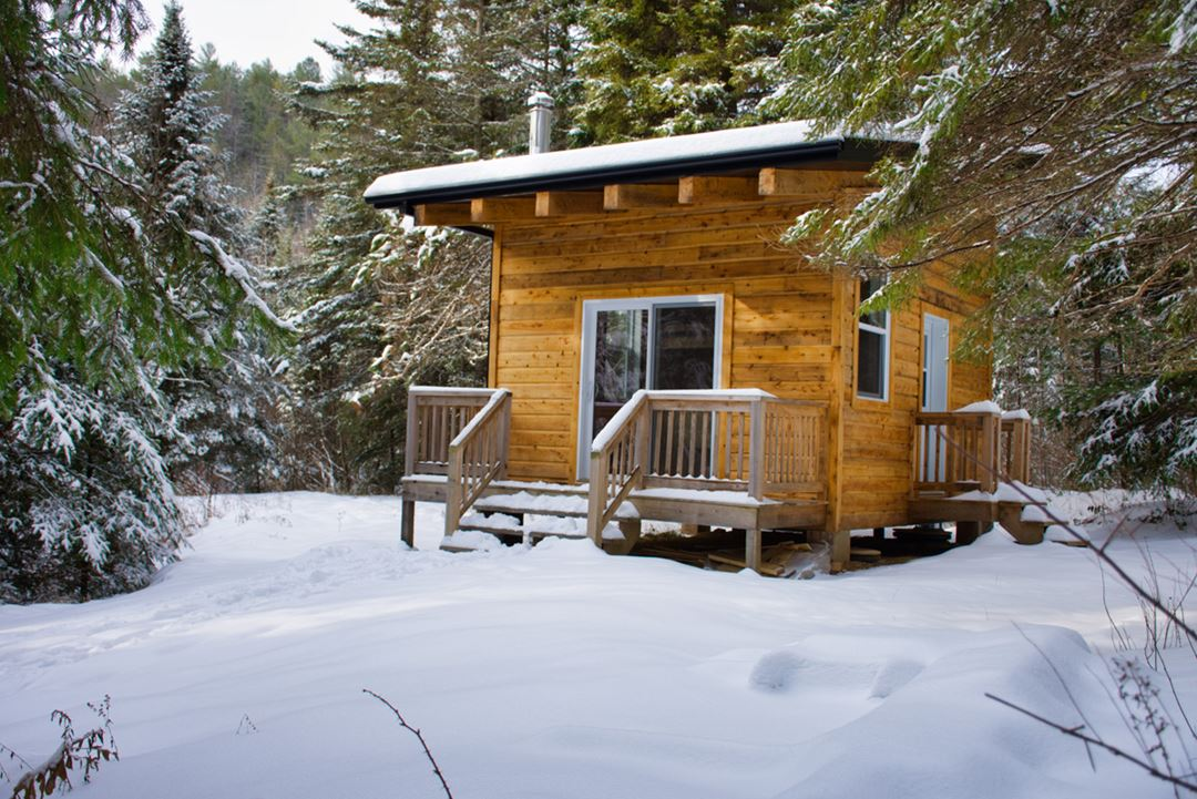 golle-goulu-camping-refuges-gite-foret-winter