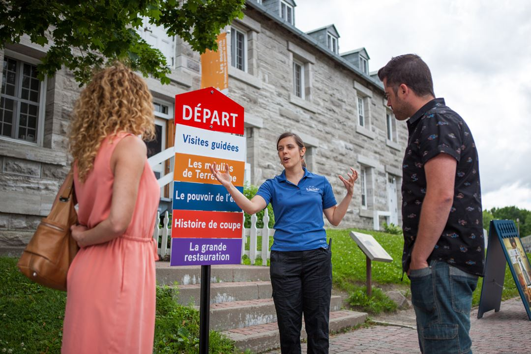 Guided tour of the exhibitions on Île-des-Moulins
