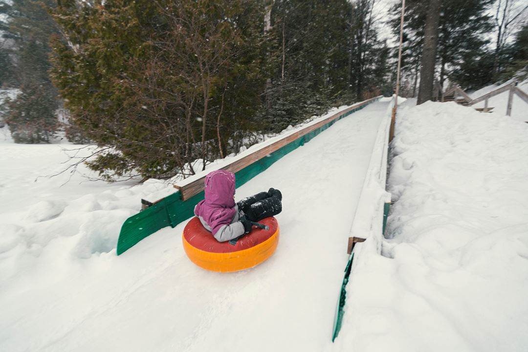 Tube sliding at Havre Familial
