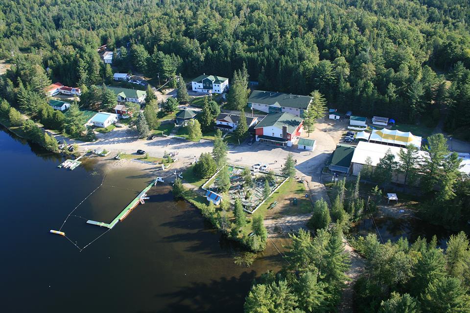 Camp boute en train centre de vacances tourisme lanaudi re - Le boute en train la rochelle ...