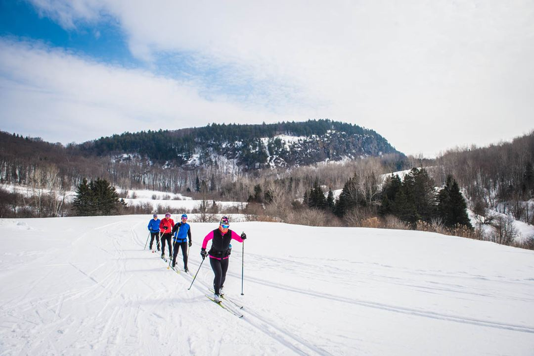 Ski montagne coup e sentiers location tourisme lanaudi re - Montagne coupee ski de fond ...